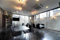 <EXsaisonSUGAMO>【巣鴨駅徒歩2分】WIFI/大型TV/撮影、控え室、荷物置きスペースに。