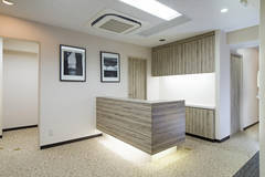 新宿三丁目駅C8出口を出てすぐ!スタッフ常駐のため安心してご利用いただけます!