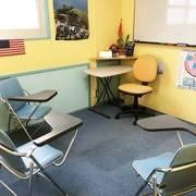 神戸・三宮 英会話学校内のスペース レッスンやチュータリング用 Room1