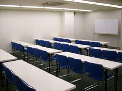 【虎ノ門】駅近徒歩2分「虎ノ門天徳ビル」地下1F会議室