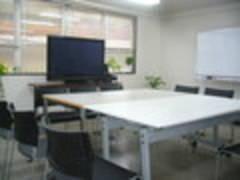 横浜西口レンタルスペース福冨,ゆったり会議室、変化する会議室、