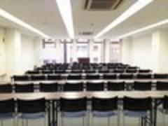 【横浜・63名・プロジェクターなど充実の無料設備】横浜 4F