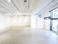 【202】南船場のランドマークビルにある、心斎橋駅、本町駅すぐのレンタルスペース。【大阪市中央区】