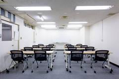 【東京駅0分・八重洲地下街直結】ワンコインA会議室 最大24名 無料Wi-Fi
