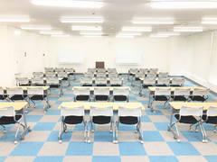 千葉中央 第一会議室 69名収容