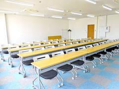 千葉中央 第一会議室 45名収容