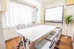 コモンズ新宿三丁目会議室
