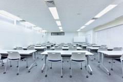 西新宿の貸会議室 ドム会議室 双英ビル2F会議室A