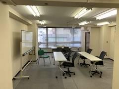 アクセス簡単 広々会議スペース ソレイユ2