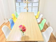 ♦️冬のサンクスキャンペーン実施中♦️JR池袋駅東口3分!1〜10人までOK プロジェクター無料!少人数セミナー・打ち合わせにぴったりな会議室です。