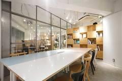 【渋谷 徒歩3分】大会議室|書籍閲覧・飲食自由|コワーキング併設|Connecting The Dots