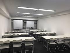 【六本木駅徒歩1分】【設備・清潔感に自信あり】洗練されたオフィスビル6階C号室