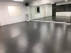 【浦和】安い!綺麗!1時間\¥1500-から使えるダンススタジオ Aスタジオ