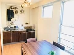 キッチン付きレンタルスペース☆格安☆大阪谷町少人数会議室プロジェクター無料!