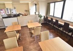 浅草橋駅前オールナイト貸切り個室カフェ(キッチン、仮眠スペース付)