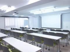 【千石駅徒歩2分】格安・60名収容会議室![キャピタルビル2階大会議室]