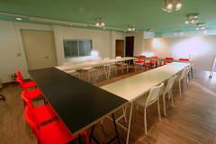 八王子駅南口徒歩3分のレンタルスペース Space802 会議・スタジオ・サークル・オフ会・パーティなどに