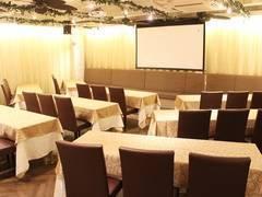 【名古屋駅より徒歩4分】名古屋会議室 ELLE HALL Dining 名古屋駅前店 第1会議室(1〜28名)【室料30%割引キャンペーン実施中!】