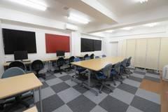 【横浜】キッチン付きのレンタルスペース/最大30名収容、WiFi、電源完備
