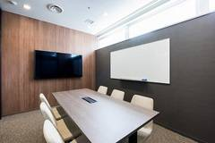 【fabbit銀座】コワーキングスペース!会議室(4人)の写真
