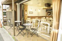 【不動前徒歩5分】撮影・各種パーティーで大人気!開放的なテラスが最高♡キッチン付きスペース!カフェ丸ごと貸切可能です♪