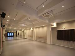 大国町駅徒歩2分!広々としたレンタルスタジオ