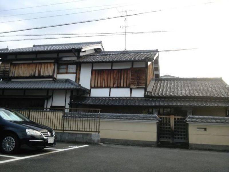 嵯峨嵐山近く、車折神社隣接の、京町家の応接室