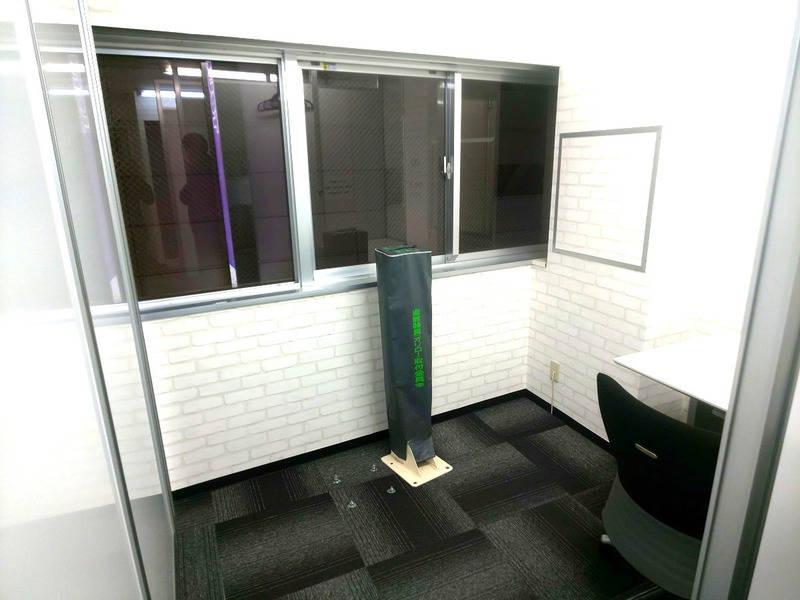 Room《B》【池袋駅東口60秒】コワーキングスペース by AnInnovation ★Wi-Fi有★