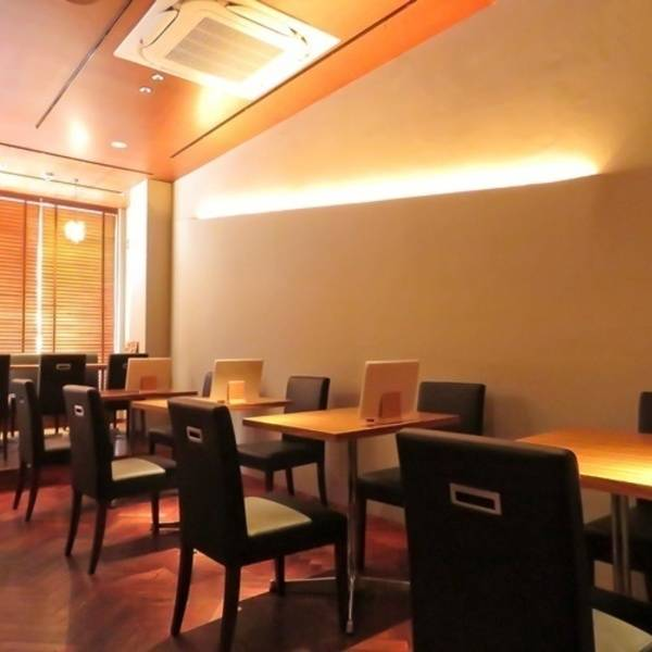 浜松駅 北口 徒歩3分 個室 貸会議室 貸スペース レンタルスペース 肉とチーズと個室 楸