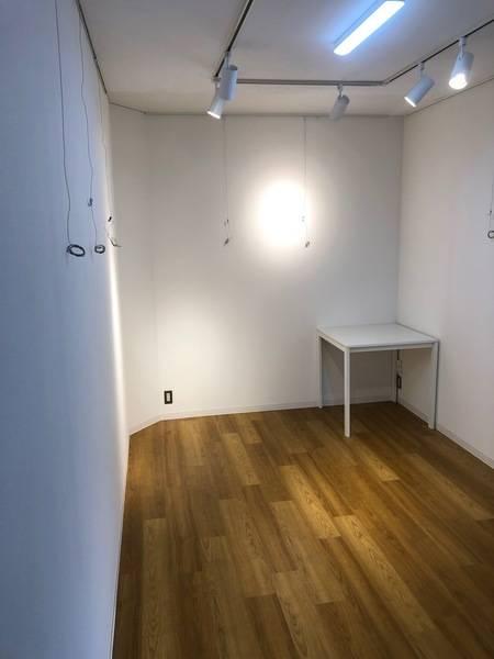山形 New Layla Art GalleryⅡ スペースA (4名程度) レンタルギャラリーの他、レンタルスペース、会議室、サロンなど、幅広くご利用頂けます。