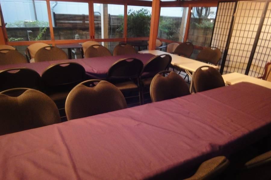 【古民家Kori/神楽坂駅すぐ】座卓とテーブルの両方使える和洋の貸し会議室!8時間以上の予約がお得/セミナー/勉強会/