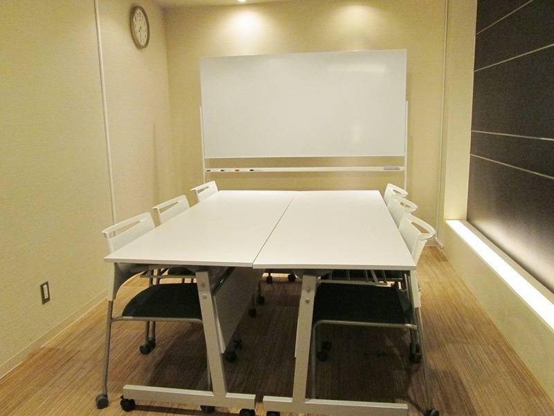 【銀座】駅直結!飲食可能◎高級感・清潔感のある6名小会議室