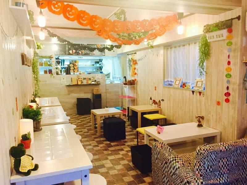 池袋東口『はちくまカフェ』路面店☆サンシャインシティからすぐ♪《1日レンタルプラン》