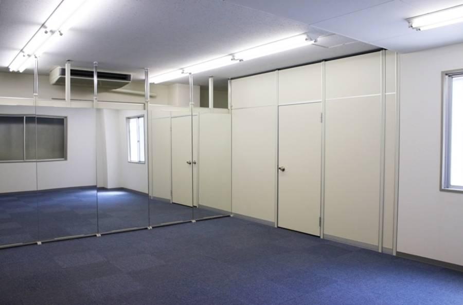 大阪市の北浜にあるスタジオやセミナーで利用できるフリースペースです