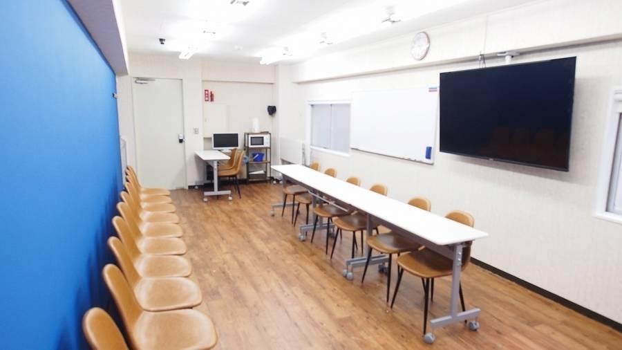 【アズール】池袋1a出口徒歩30秒の貸し会議室 プロジェクターホワイトボードインターネット完備