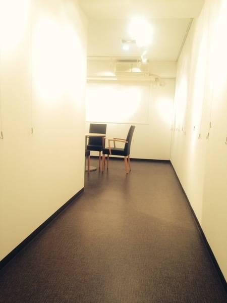 【レンタルスペース】【スペイシー】貸会議室 青葉通一番町駅 8名 image