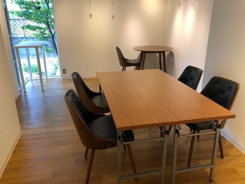 山形 New Layla Art GalleryⅡ スペースB(8名程度)  レンタルギャラリーの他、レンタルスペース、会議室、サロンなど、幅広くご利用頂けます。