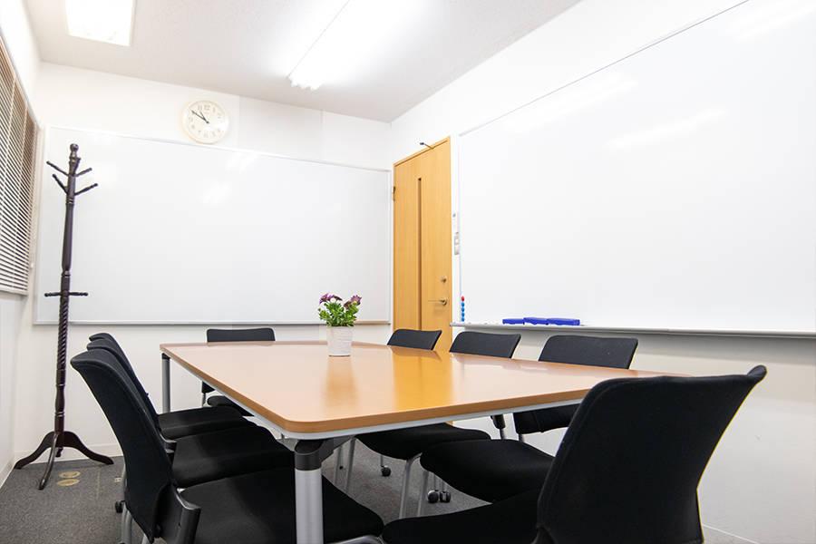 【Wi-Fi無料!】綺麗な格安会議室 完全個室/受付常駐