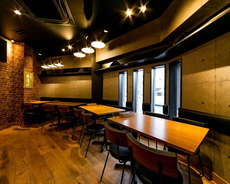 【ブルックリンスタイル/二子玉川・二子新地・溝の口エリア】「テーブル席4人席×2/~8名」パーティ、食事会、撮影、会議等に。