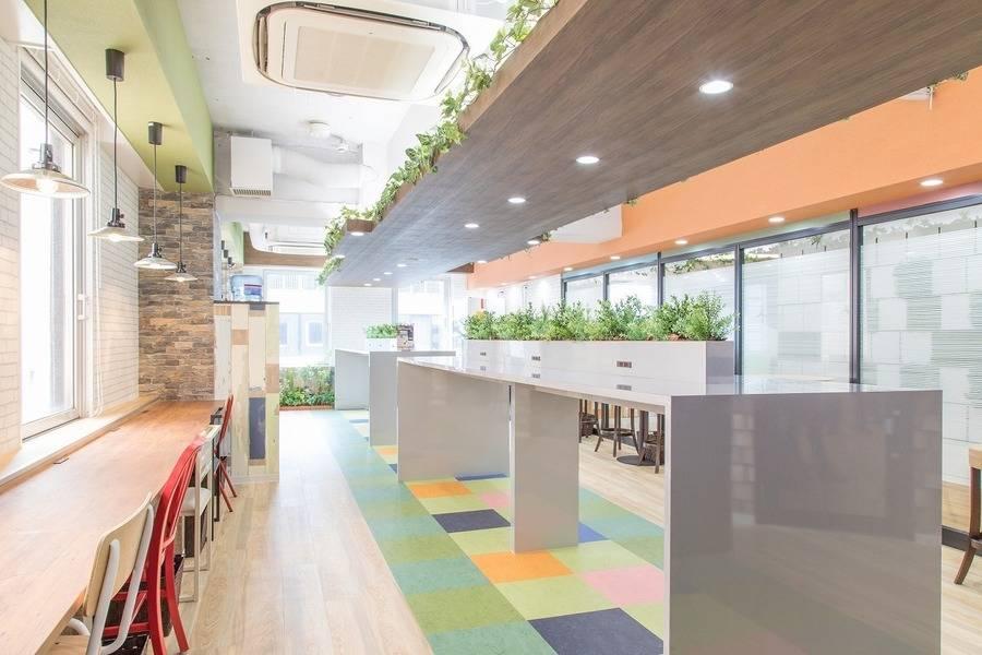 【神田駅2分】《50席》Connect-Lounge神田