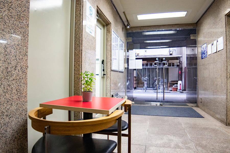 【四ツ谷・四谷三丁目・曙橋】完全個室!綺麗な格安会議室 受付常駐