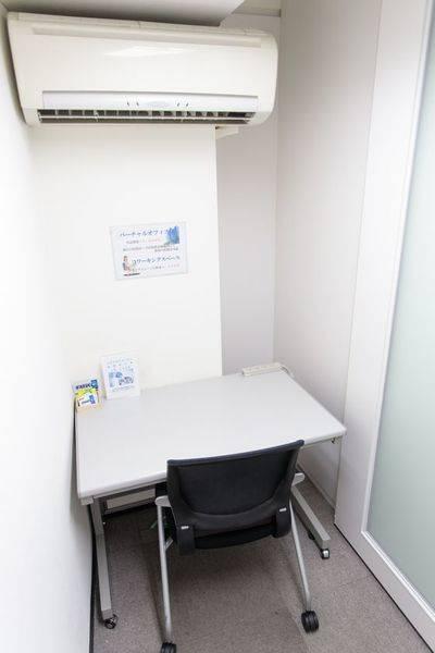 【格安完全個室1人用貸デスク】★電話会議、デスクワークにピッタリ!302号室