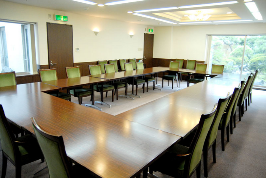 【赤坂駅3分】日本庭園付!24H年中無休の高級感ある個室貸し会議室(標準20名)
