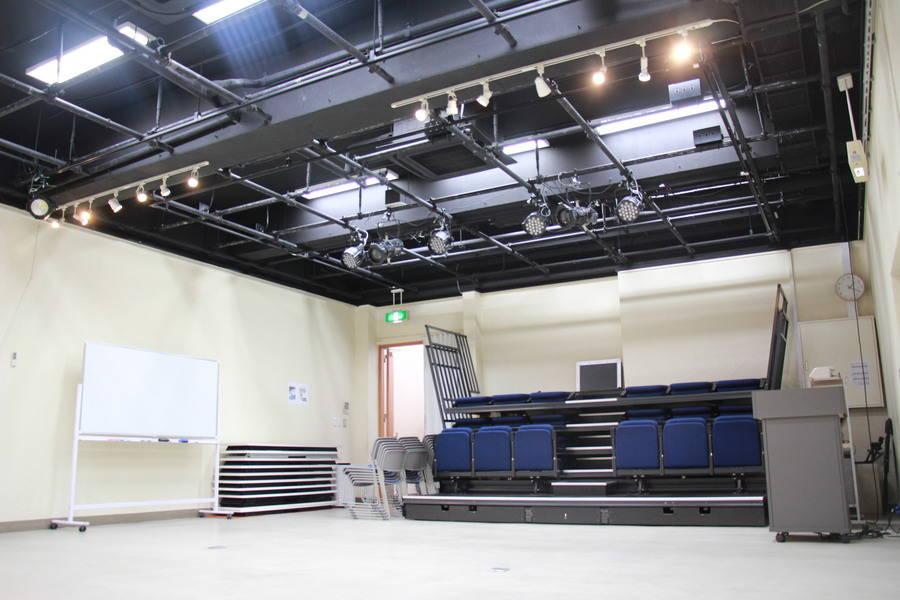 四ッ谷のホール型レンタルスタジオ「シアターウィング」ー講演会、セミナー、ダンス、演劇、撮影、発表会、展示会、パーティーなど
