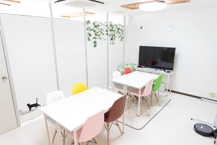 【レンタルスペース】【スペイシー】貸会議室 恵美須町駅 12名 image