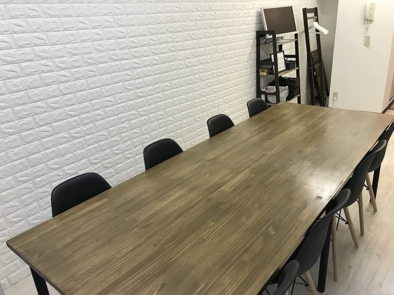 【上野の定番会議室!】安定したWi-Fi環境でオンライン会議やテレワークに最適!完全個室の静かな空間をご利用ください。