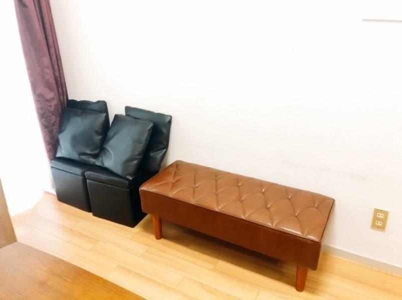 ⭐️新宿南口⭐️wifi & TV 有り⭐️ドリンク充実♪高級くつろぎソファスペース