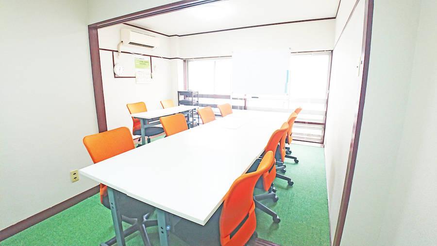 【銀山町2分!】完全個室/テレワーク/高速Wi-Fi・ホワイトボード・プロジェクター完備/安くてゆったり使えるシェアスペース「Drop by Hiroshima」