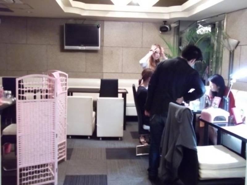 小岩 2階ネイルサロン店舗 【午後】