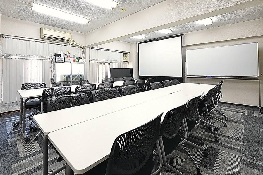 Share8P『ランダム』NTT光、テレビ、ホワイトボード、加湿空気清浄器標準装備 60inchTV 大型スクリーン+エプソンプロジェクター テレワーク応援プラン有り